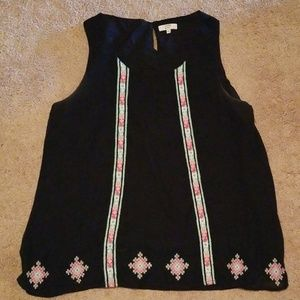 Crown and ivy sleeveless blouse